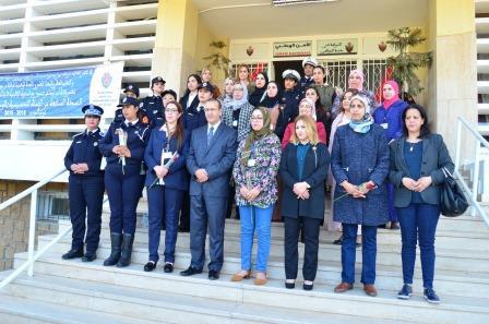 صورة في يومهن العالمي..أسرة الأمن الوطني تحتفل بالنساء الشرطيات بأكادير (فيديو)