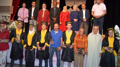صورة جماعة أكادير تتوج التلاميذ المتفوقين في الدورة الأولى لحفل التميز