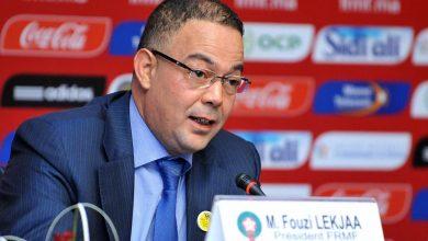صورة فوزي لقجع يهنئ فريق الرجاء بتأهله لنهائي كأس محمد السادس