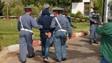 """صورة بني ملال.. الدرك الملكي يعتقل """"بزناس"""" مبحوث عنه ب 80 مذكرة بحث"""