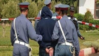 """صورة إعتقال """"كولونيل مزيف"""" ينصب على ضحاياه بطانطان و كلميم و أكادير"""