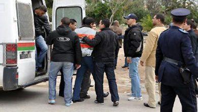 صورة إحالة 4 أشخاص على المحكمة الابتدائية الزجرية بالدار البيضاء في حالة اعتقال على خلفية إيقاف شخص ظهر في شريط فيديو وهو يساوم سيدة
