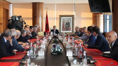 صورة العثماني يبحث مع الأحزاب السياسية الممثلة في البرلمان الاستعدادات للانتخابات المقبلة