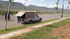 صورة خنيفرة.. حاجز أمني يضبط بيكوب بدون رخصة هازة 8 ديال الأشخاص بطريقة غير قانونية مخالفين لحالة الطوارئ
